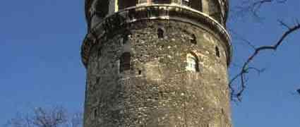 Uzun Don, Biz de Sevdik, Galata Kulesi