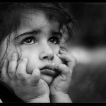 üzgün çocuk